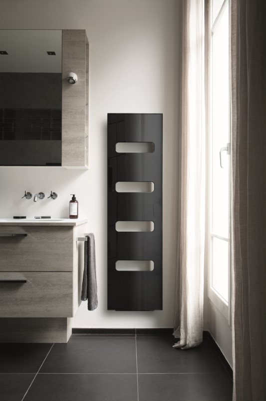 Radiateur design noir SDB